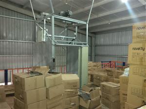 Thang máy tải hàng Qk1000kg