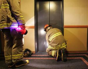 Dịch vụ sửa chữa thang máy chở hàng